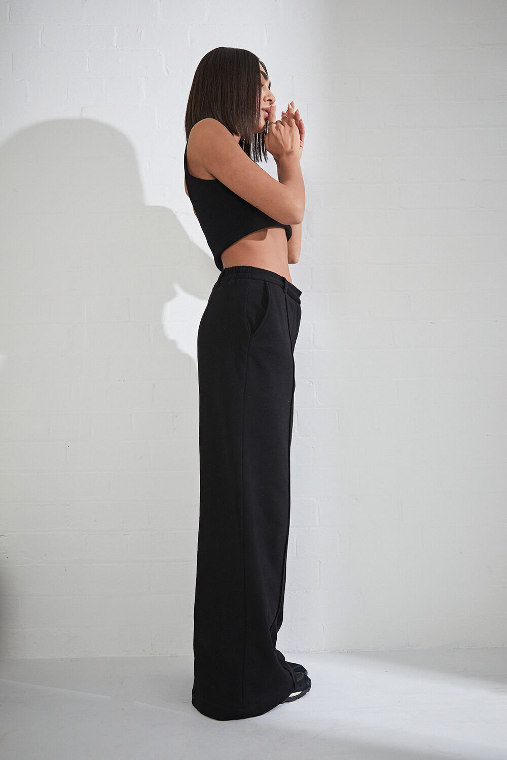TAILORED TRACK PANT in colour CAVIAR