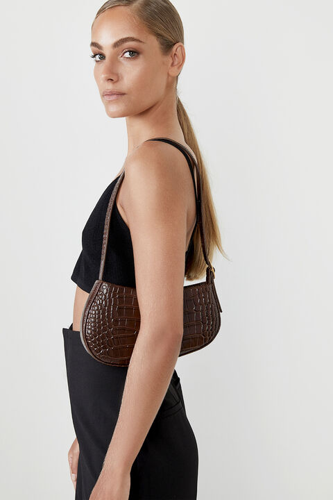 THE CEILA LEATHER BAG in colour CHOCOLATE BROWN