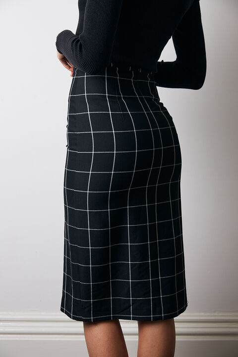 LONDON CHECK SKIRT in colour CAVIAR