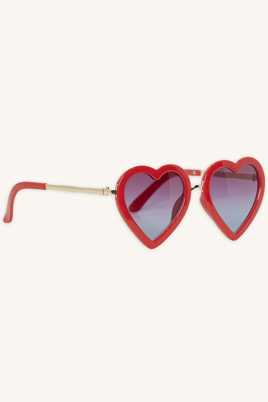 ZOE LOVE HEART SUNGLASSES in colour RED BUD
