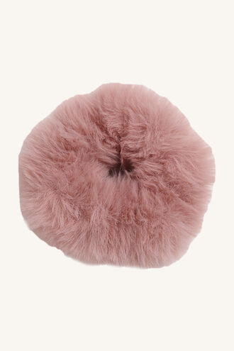DUST PINK FUR SCRUNCHIE in colour VEILED ROSE