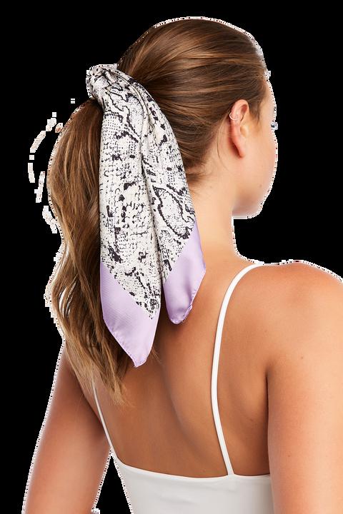 SNAKE SCARF HAIR TIE in colour ANTELOPE