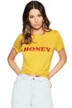 HONEY TEE in colour MISTED YELLOW