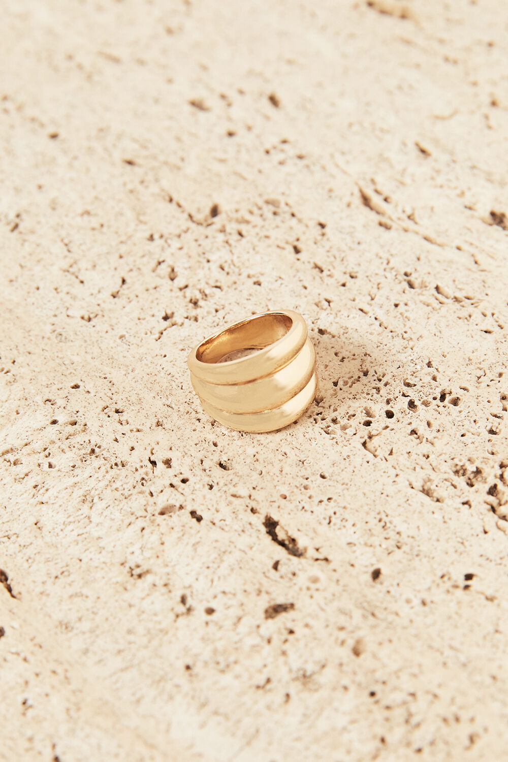 SANDY TRIPLE RING  in colour GOLD EARTH