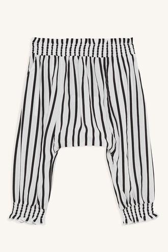 LEILA SLOUCH PANT in colour CLOUD DANCER
