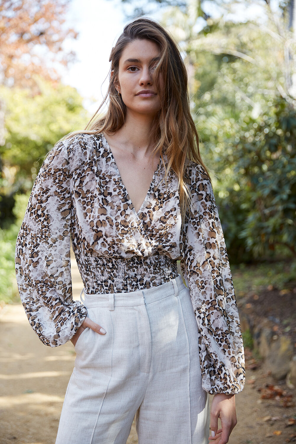 MABEL TOP in colour WHITE SWAN