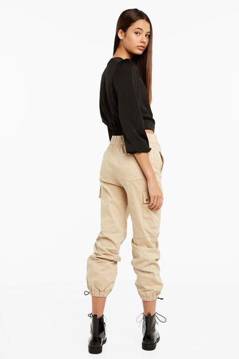 BUCKLE CARGO PANT in colour NOUGAT