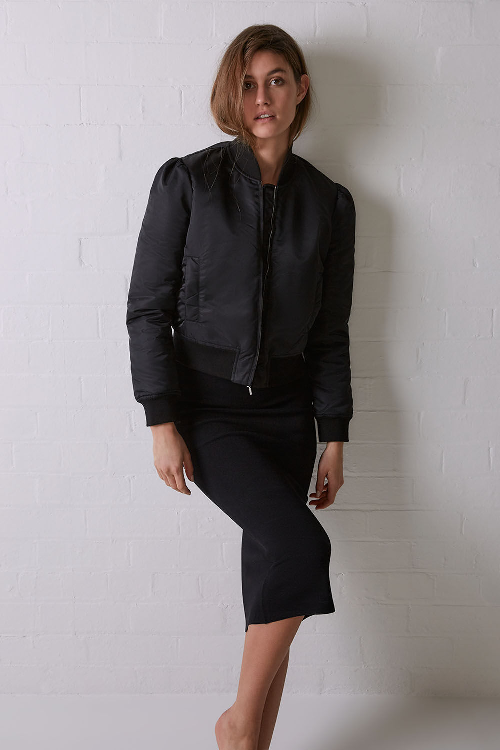 ISA BOMBER in colour CAVIAR