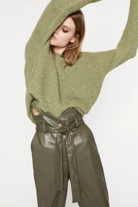 THE CROSS BACK KNIT in colour EVERGREEN
