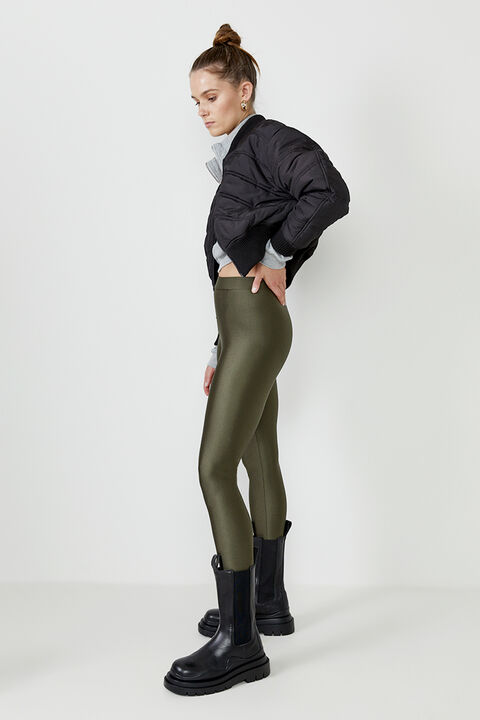 ROLLER LEGGING  in colour IVY GREEN