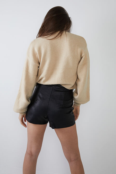 CHLOE COSY CROP KNIT in colour TAPIOCA