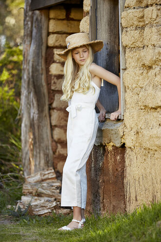 summer whites in colour