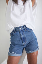 LEA DENIM SHORTS in colour TRUE NAVY