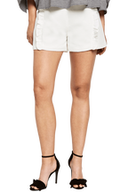 KASSEDY FRILL SHORT in colour BRIGHT WHITE