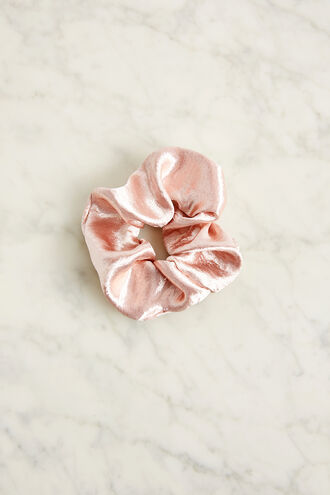 SATEEN SCRUNCHIE in colour PARADISE PINK