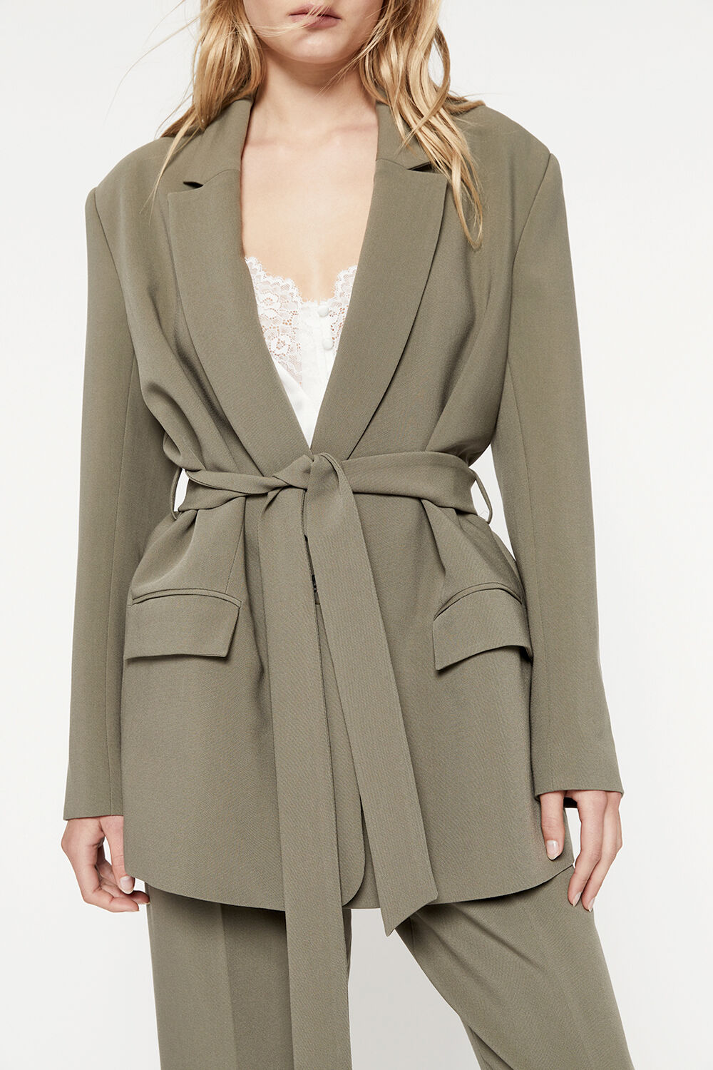 BELTED BLAZER in colour IVY GREEN