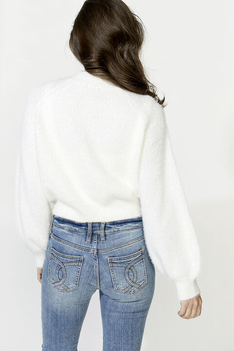 BELL SLEEVE FLUFFY KNIT in colour CLOUD DANCER