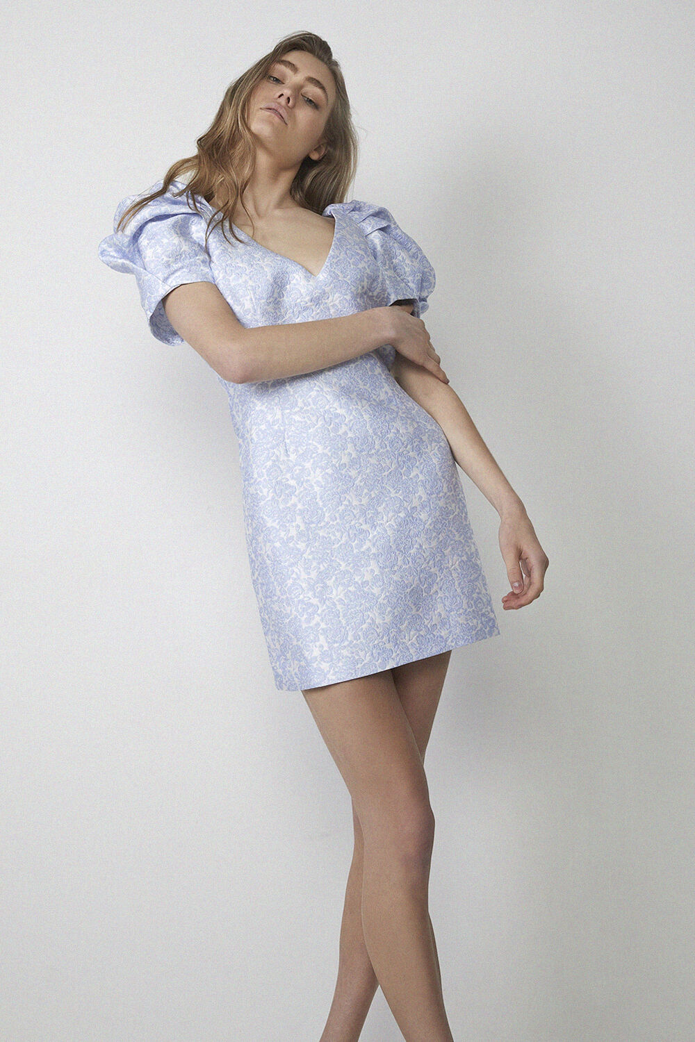 FLORAL PUFF SLEEVEDRESS in colour ILLUSION BLUE