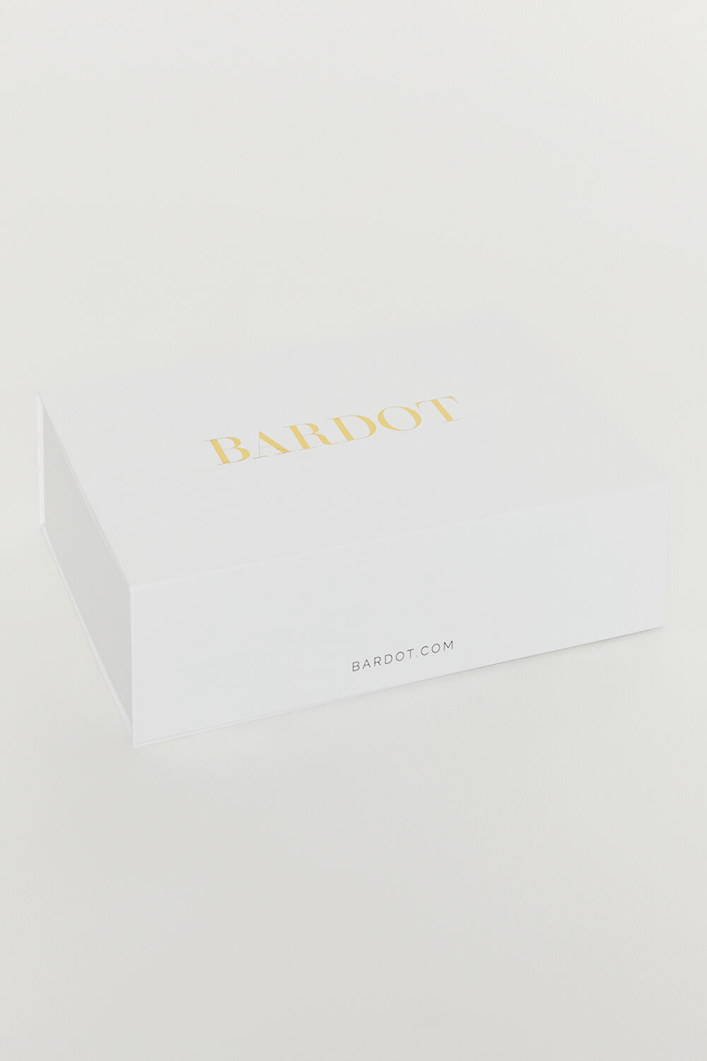 LARGE GIFT BOX in colour BRIGHT WHITE