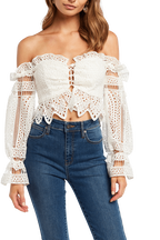 ORELLA BRODERIE TOP in colour CLOUD DANCER