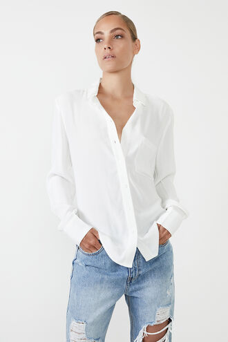 CLASSIC COLLAR SHIRT in colour CLOUD DANCER