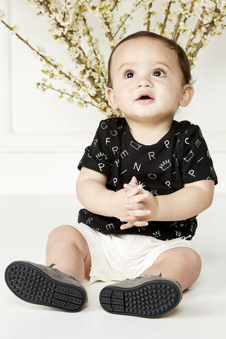 SCATTER PRINT TEE in colour JET BLACK