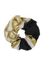 MEDALLION SCRUNCHIE in colour BRIGHT WHITE