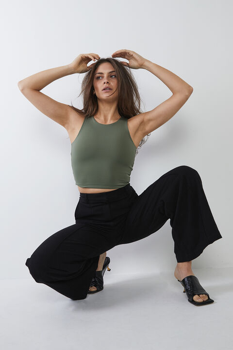 BRIA CROP TOP in colour OLIVE NIGHT
