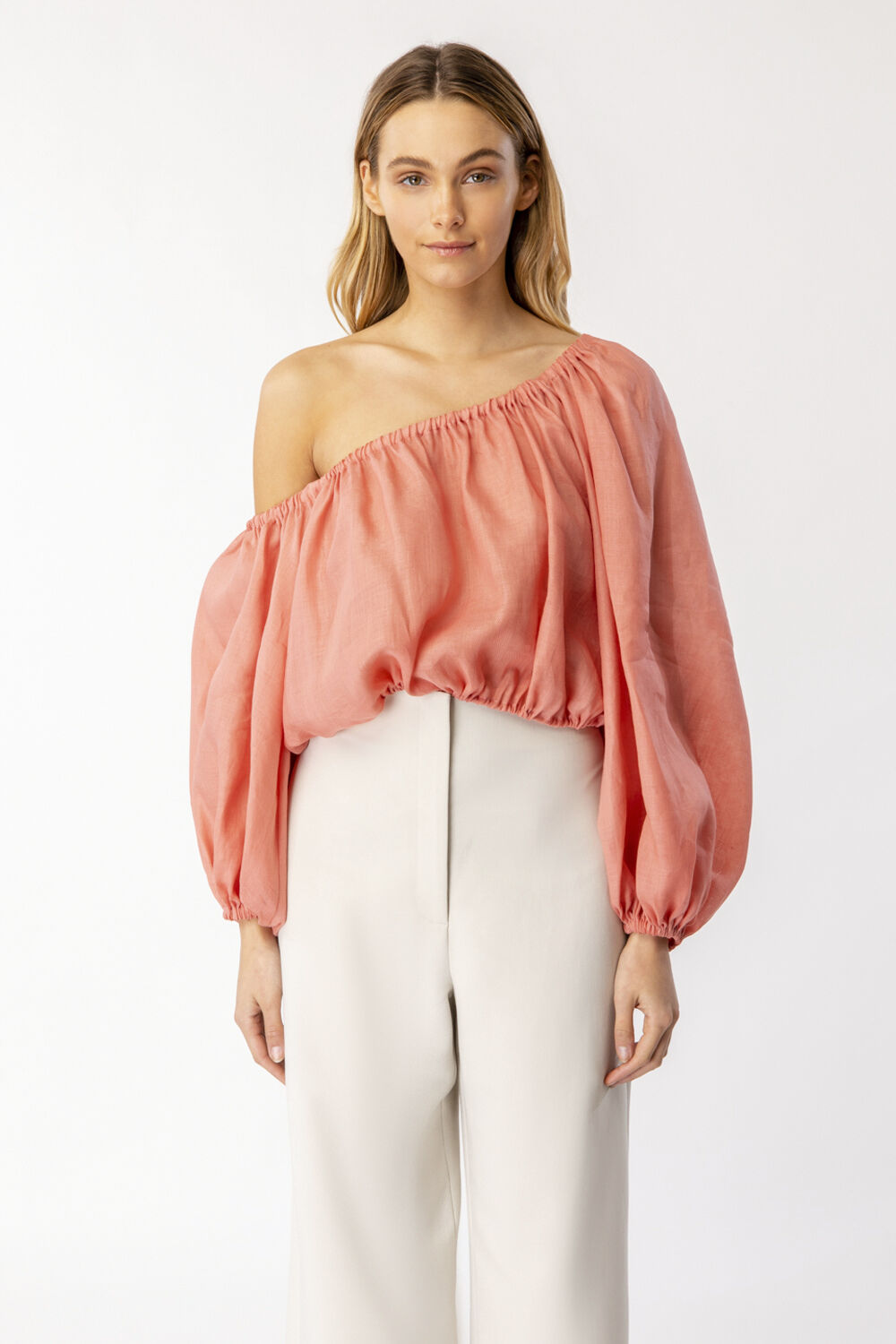 GIANNI ONE SHOULDER TOP in colour CORAL CLOUD