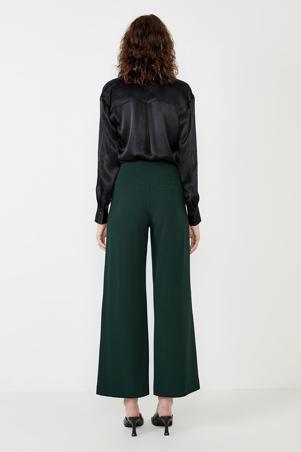 TUCK FRONT TROUSER in colour FOREST GREEN
