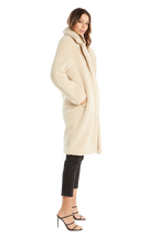 TEDDY LONG COAT in colour WHISPER WHITE