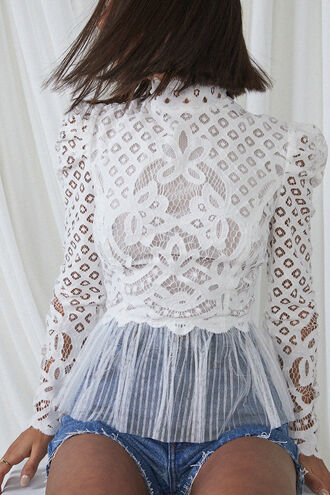 TINA LACE TOP in colour CLOUD DANCER
