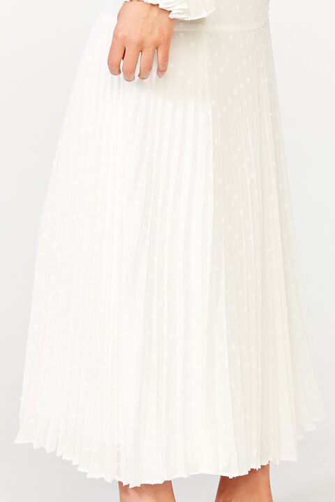 BUCKLE PLEATED SKIRT   in colour CLOUD DANCER
