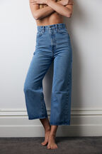 CINDY WIDE LEG JEAN in colour TRUE NAVY