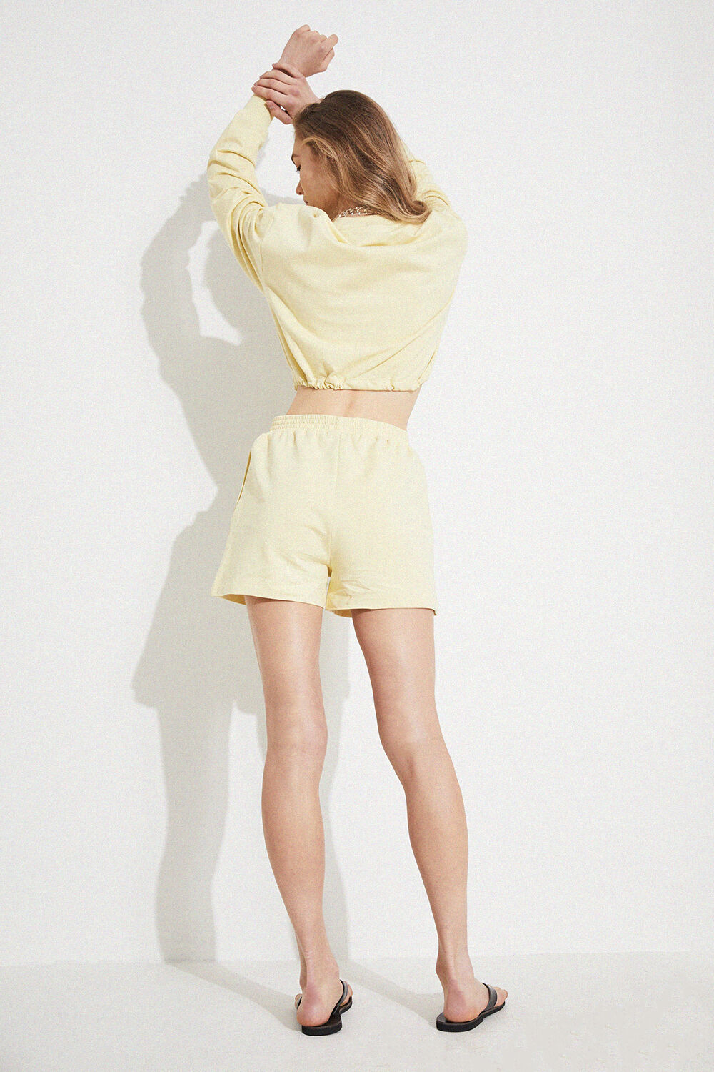 THE DRAWSTRING SWEATER in colour TRANSPARENT YELLOW