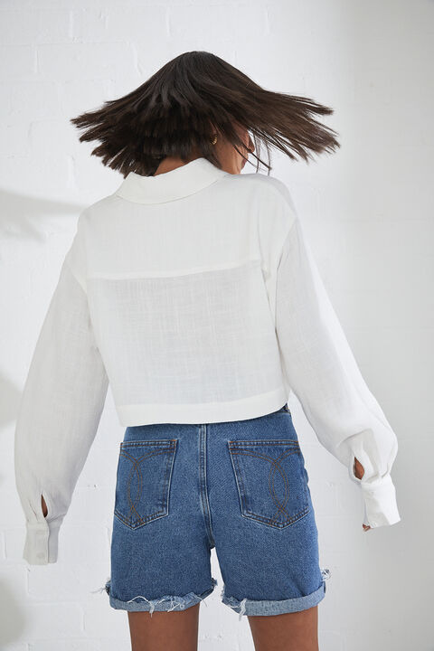 LINEN CROP SHIRT in colour CLOUD DANCER