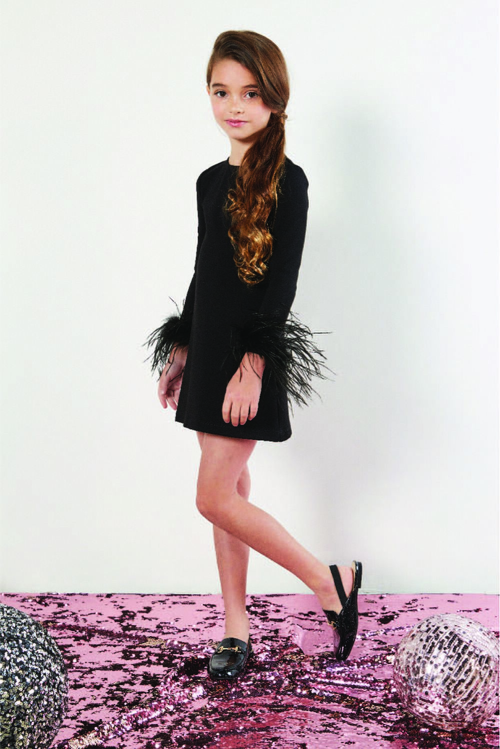 TWEEN GIRL PACEY SHIFT in colour JET BLACK