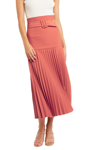 BUCKLE PLEATED SKIRT in colour COPPER BROWN
