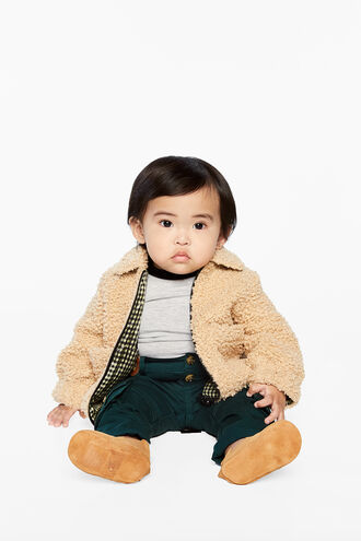 REVERSBL TEDDY COAT in colour ALMOND