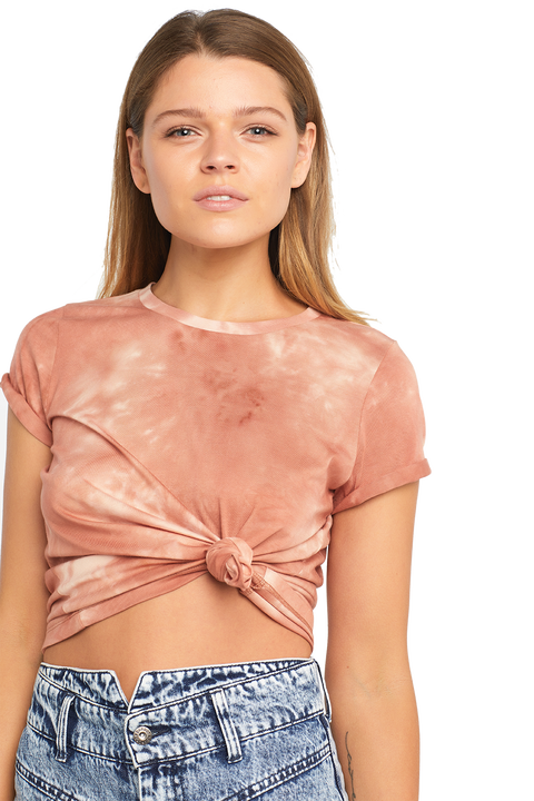 SOFT TIE DYE TEE in colour DUSTY CORAL
