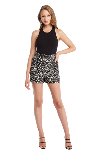LEOPARD SHORT in colour LATTE