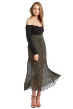 PRINTED PLEAT SKIRT in colour METEORITE