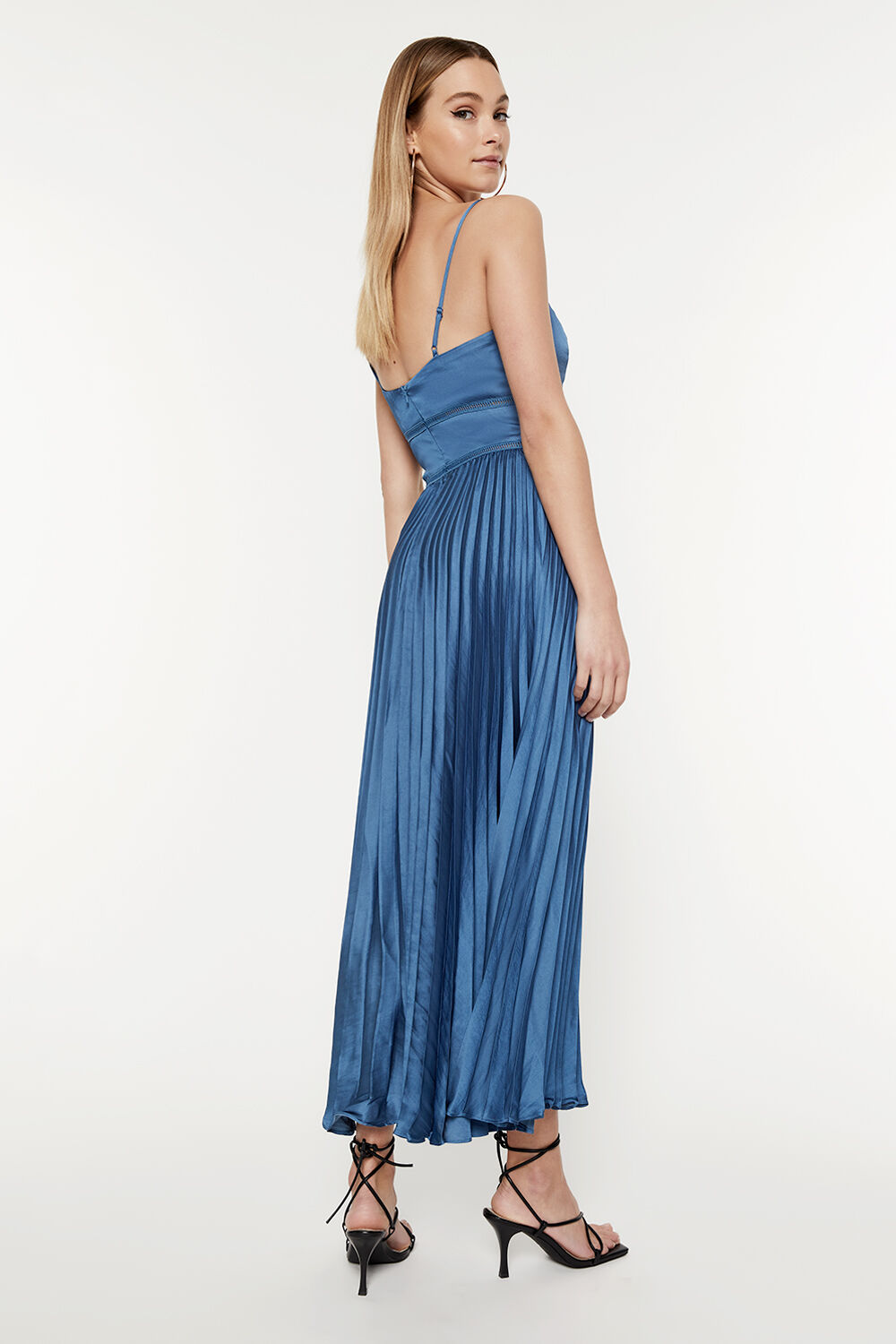 MARY PLEATED DRESS in colour BAYBERRY