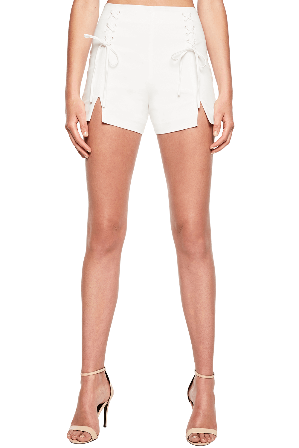 LACE UP SHORT in colour CLOUD DANCER