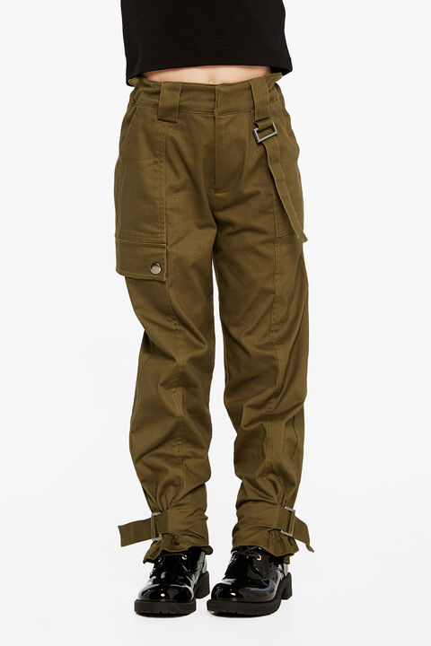 RILEY CARGO PANT in colour OLIVINE