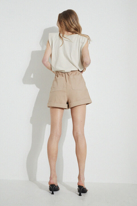 THE HIGH WAIST SHORT in colour FOG