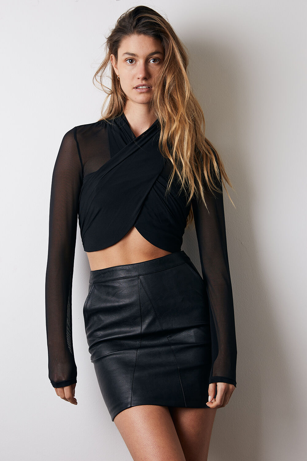 ALEXIS VEGAN LEATHER MINI SKIRT in colour CAVIAR