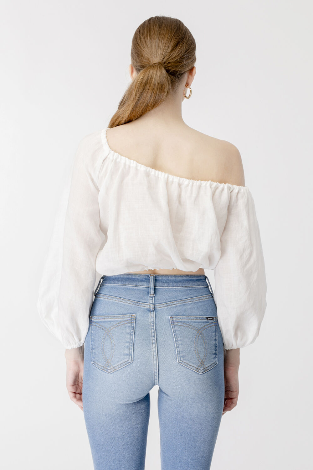GIANNA ONE SHOULDER TOP in colour CLOUD DANCER