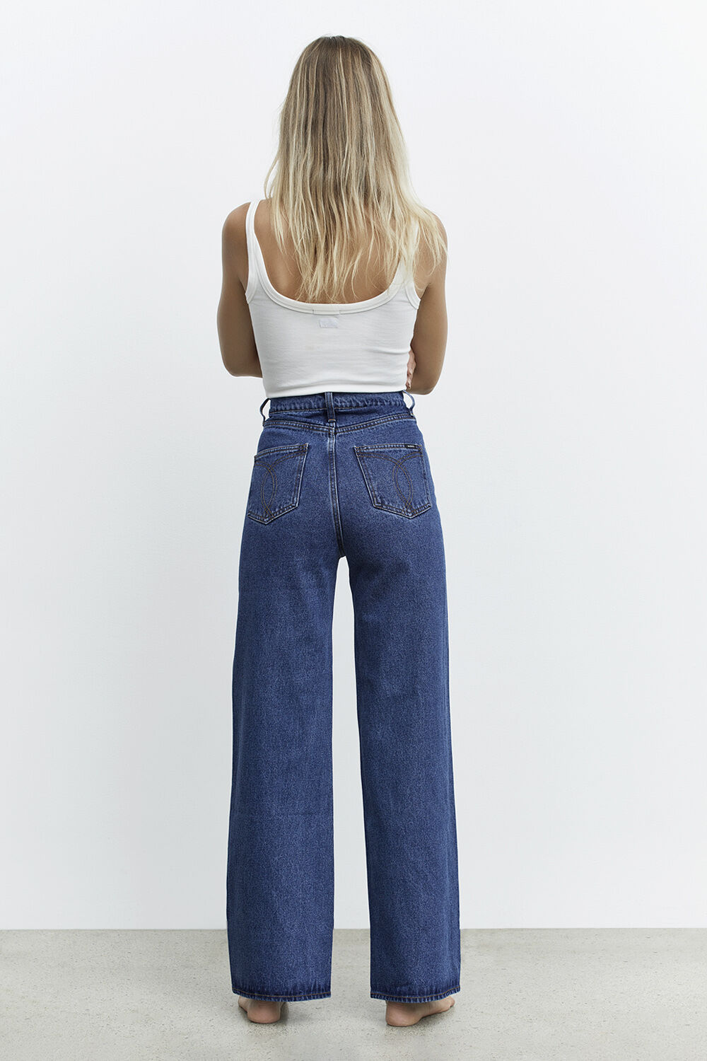 CINDY WIDE FULL LEG JEAN in colour TRUE NAVY