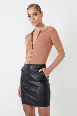 ALEXIS VEGAN LEATHER SKIRT in colour CAVIAR